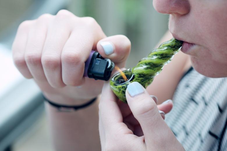 fumer cannabis cbd