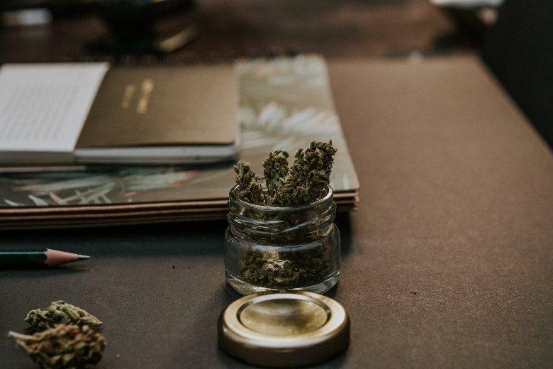 test de drogue et cannabis sans THC