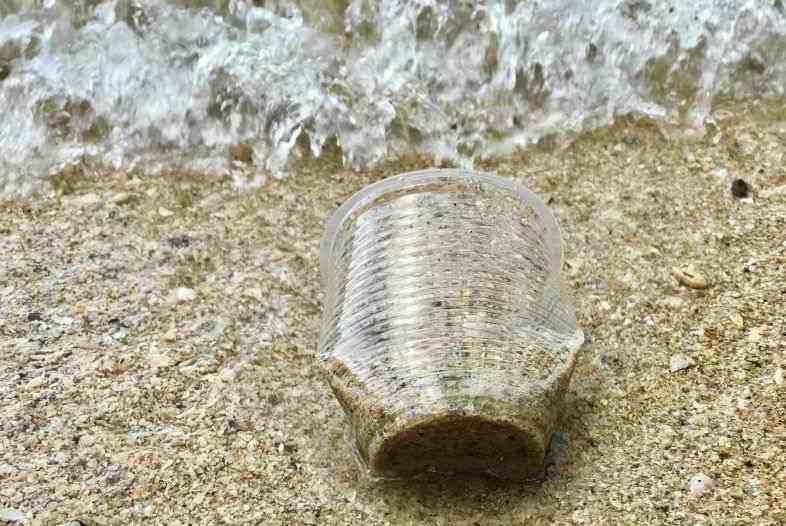Plastique de chanvre contre la pollution de l'environnement.